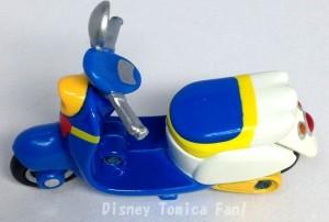 ディズニーモータースドナルドダックチムチムチムルドダック画像DM-19トミカ11