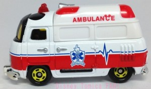 ディズニートミカ救急車画像4