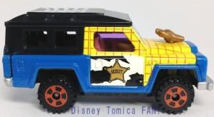 ディズニーモータースセブンイレブン限定ハロウィン2013年画像ウッディトミカ5